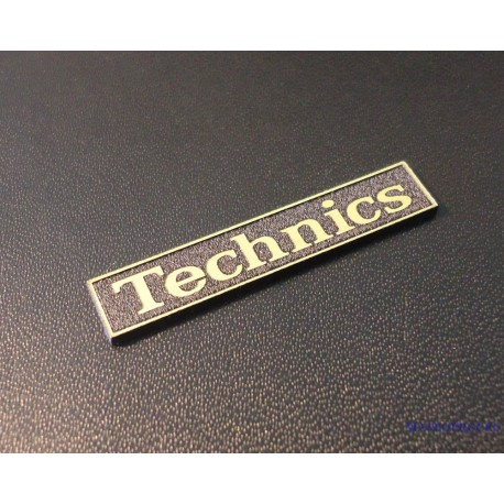 Technics Gold Logo 34 x 6 mm [402g]