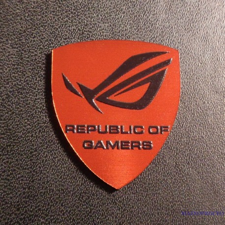 ASUS REPUBLIC OF GAMERS badge [189e]